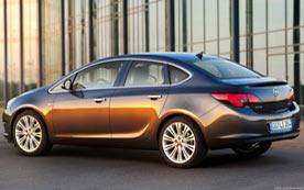 Opel Astra J Седан 2012 - цены, фото, обзор