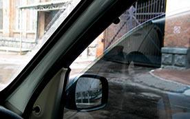 Нужны ли доводчики стекол на автомобиле?